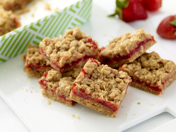 strawberry cheesecake mud hen bars zen bars fig bars strawberry oat ...