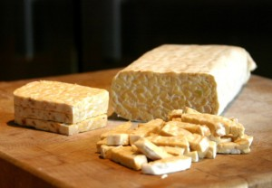 1396297555_sliced_tempeh-578x400
