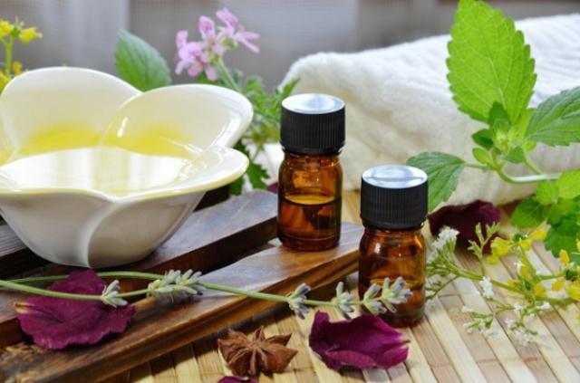 Essential-Oils-Main-Pic7