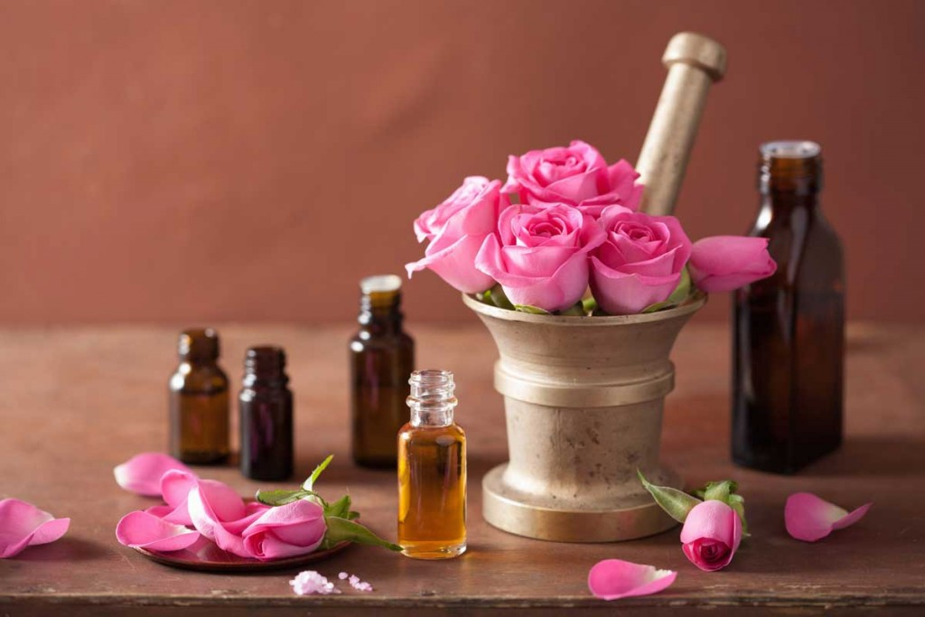 compare-different-rose-essential-oils