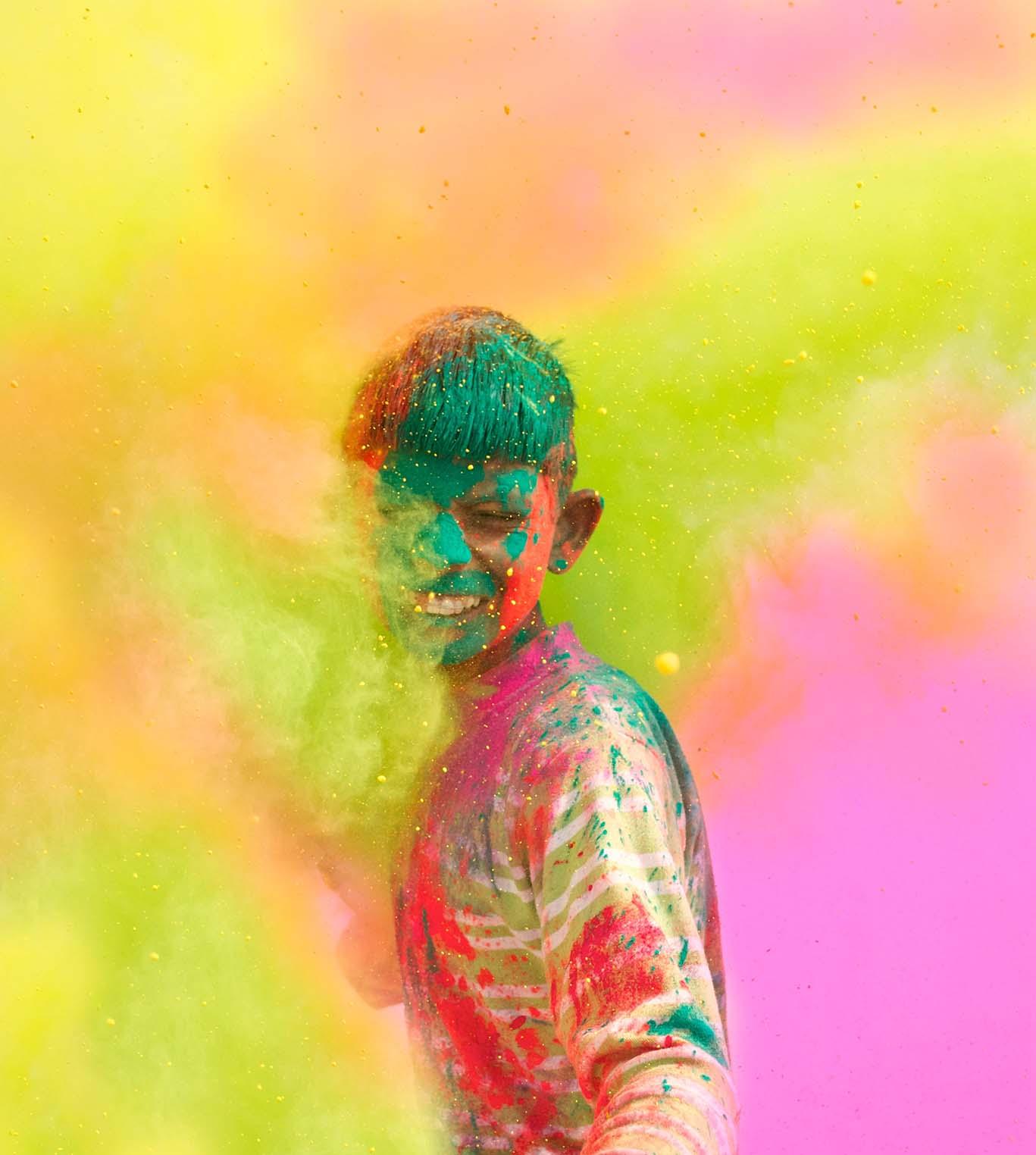 Краски мальчик с открытке 189