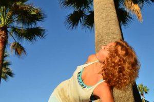 Упражнения йоги для красивой осанки