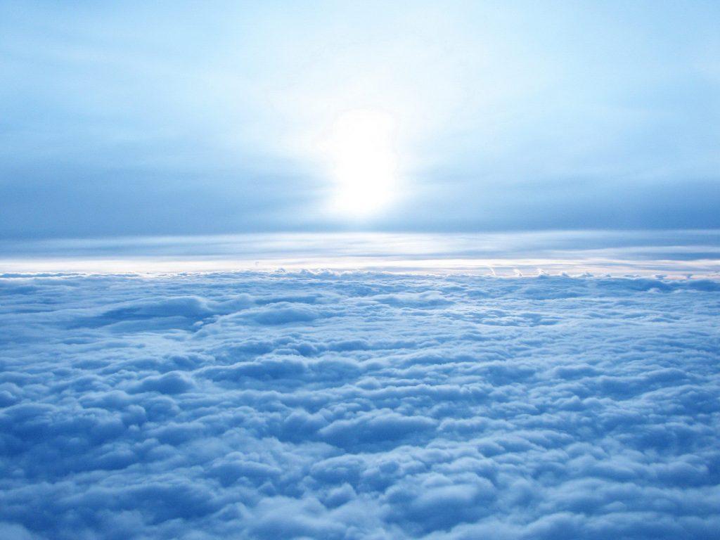 up-blue-sky-1600