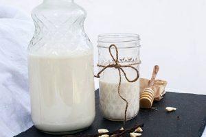 Мед и молоко для хорошего сна